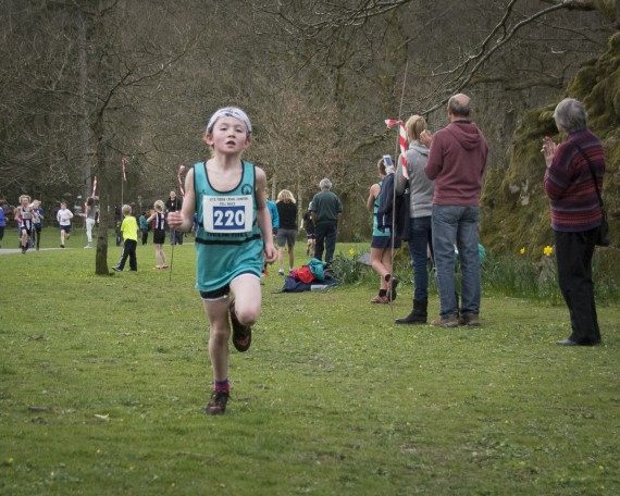 DSC3208 570x456 Todd Crag Junior Fell Race Photos 2015