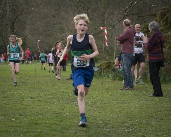 DSC3223 570x456 Todd Crag Junior Fell Race Photos 2015