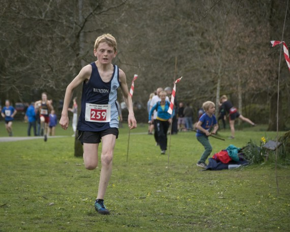 DSC3256 570x456 Todd Crag Junior Fell Race Photos 2015