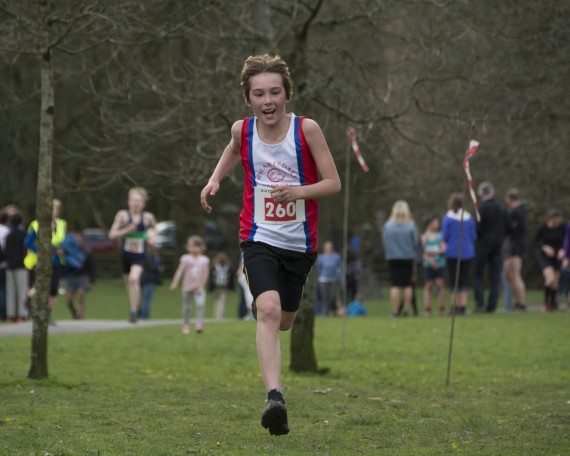DSC3277 570x456 Todd Crag Junior Fell Race Photos 2015