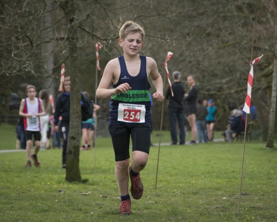 DSC3293 570x456 Todd Crag Junior Fell Race Photos 2015