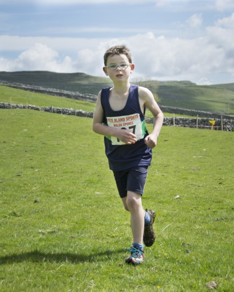 DSC4091 456x570 Malham Kirkby Fell Race Photos 2015