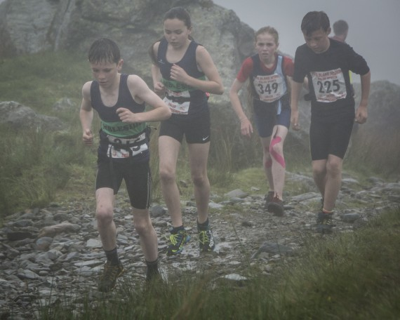 DSC4391 570x456 Turner Uphill Fell Race Photos 2015