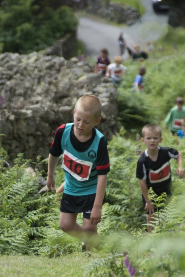 DSC4622 380x570 Langdale Gala Fell Race Photos 2015