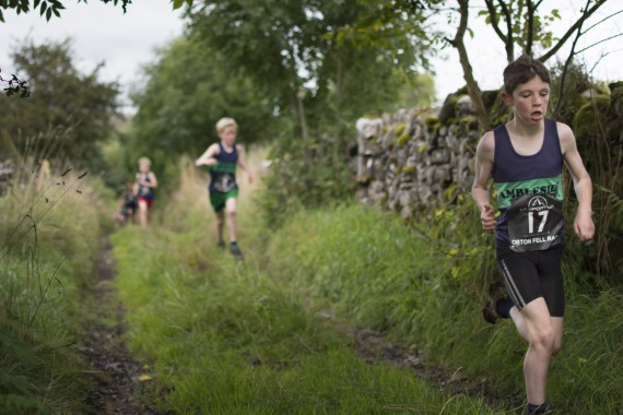 DSC5654 570x380 Orton Fell Race Photos 2015
