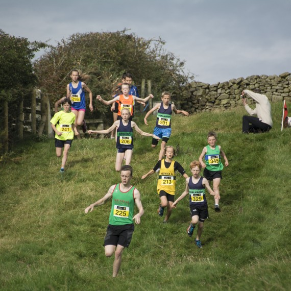 DSC6018 570x570 Cumbria Cross Country Photos   Cockermouth 2015