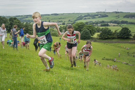 DSC2477 570x380 Clougha Pike English Championship Fell Race Photos 2016