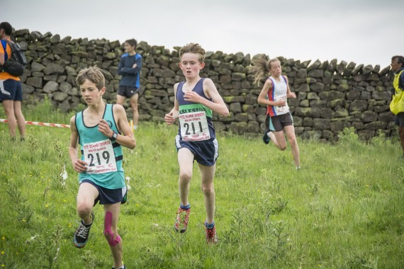 DSC2494 570x380 Clougha Pike English Championship Fell Race Photos 2016