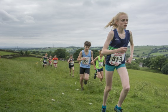 DSC2552 570x380 Clougha Pike English Championship Fell Race Photos 2016