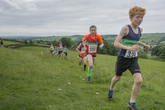 DSC2554 570x380 Clougha Pike English Championship Fell Race Photos 2016
