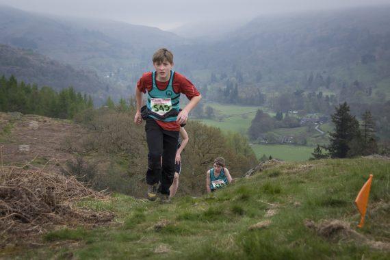 DSC8733 570x380 Todd Crag Fell Race Photos 2017