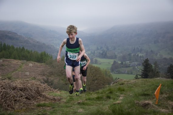 DSC8763 570x380 Todd Crag Fell Race Photos 2017