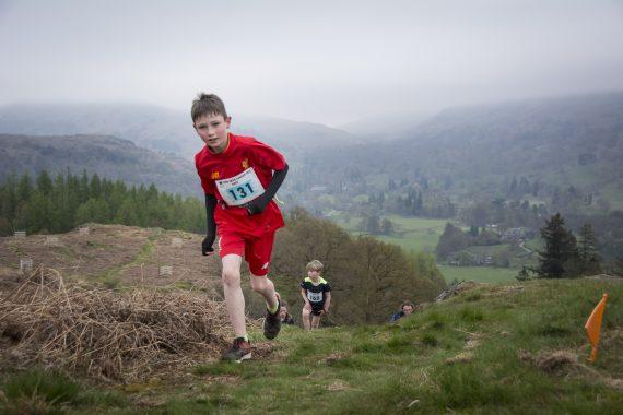 DSC8848 570x380 Todd Crag Fell Race Photos 2017
