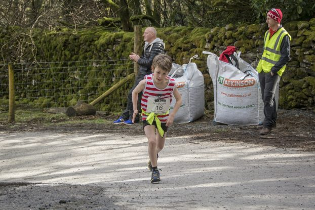 DSC4245 622x415 Todd Crag Junior Fell Race Photos 2018