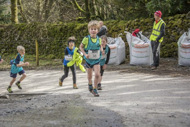 DSC4278 622x415 Todd Crag Junior Fell Race Photos 2018