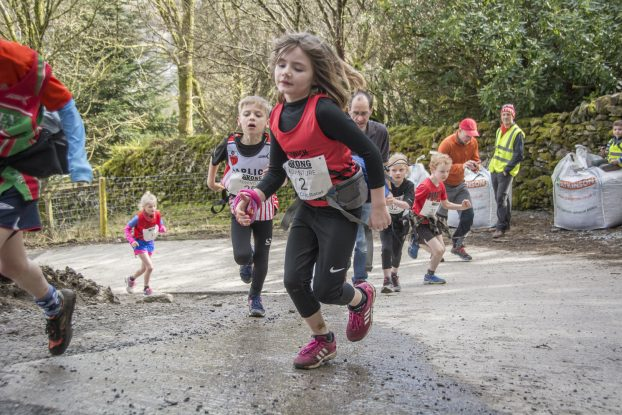 DSC4294 622x415 Todd Crag Junior Fell Race Photos 2018
