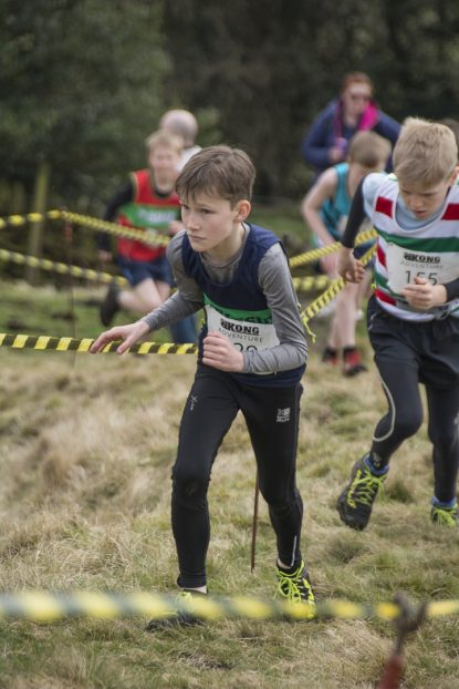 DSC5280 415x622 Blacko Fell Race Photos 2018