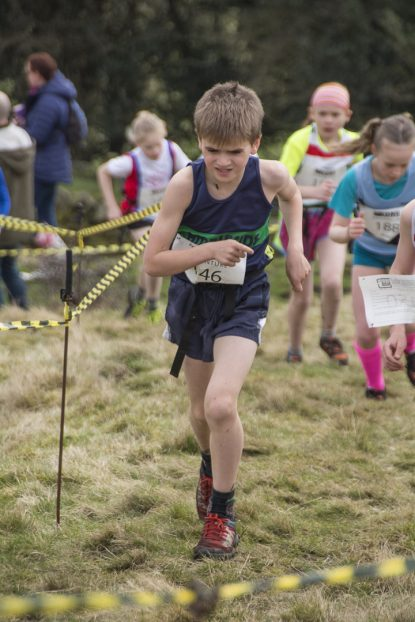 DSC5282 415x622 Blacko Fell Race Photos 2018