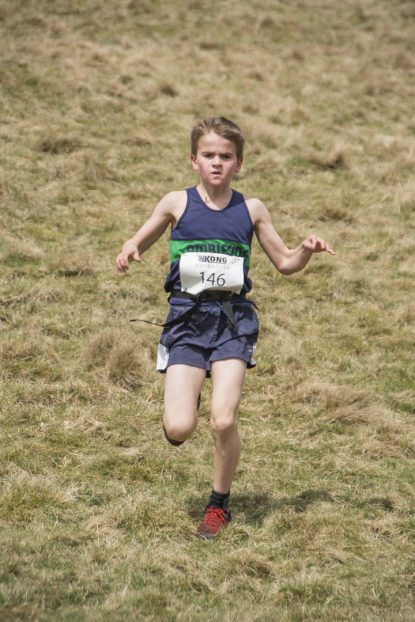 DSC5300 415x622 Blacko Fell Race Photos 2018