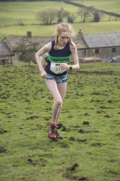 DSC5373 415x622 Blacko Fell Race Photos 2018