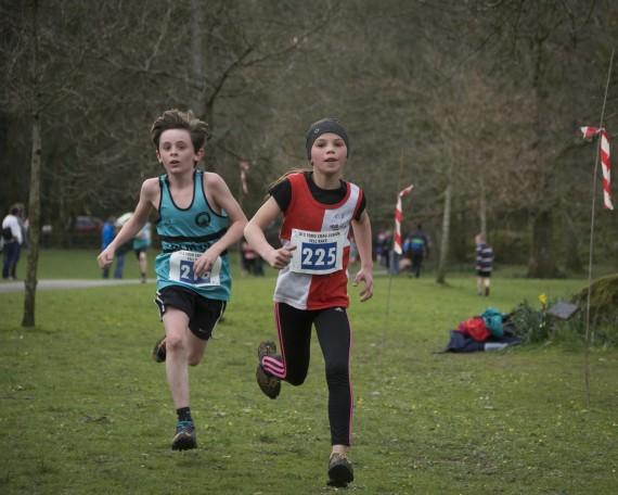 DSC3183 570x456 Todd Crag Junior Fell Race Photos 2015