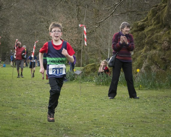 DSC3265 570x456 Todd Crag Junior Fell Race Photos 2015