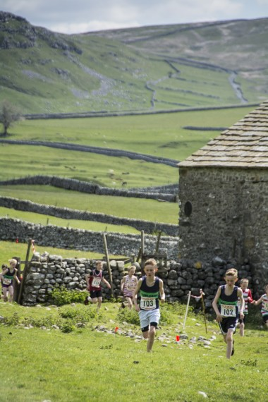 DSC4068 380x570 Malham Kirkby Fell Race Photos 2015