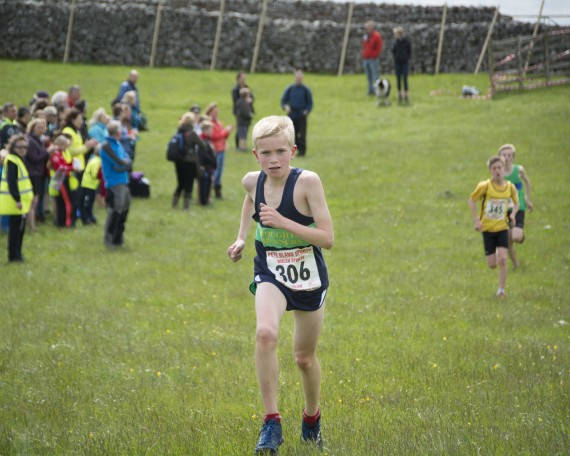 DSC4168 570x456 Malham Kirkby Fell Race Photos 2015