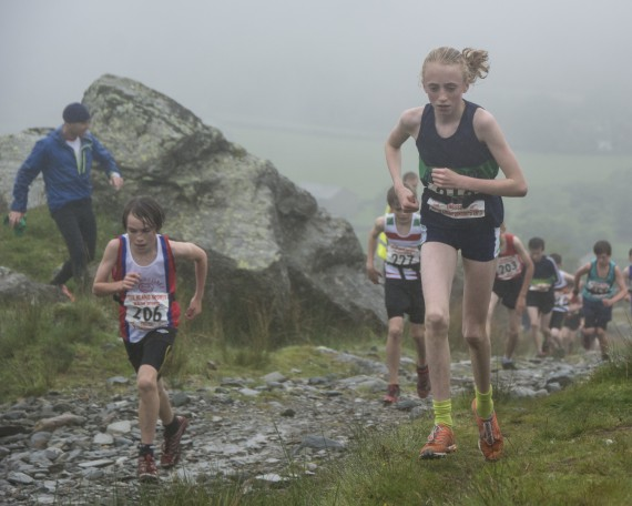 DSC4381 570x456 Turner Uphill Fell Race Photos 2015