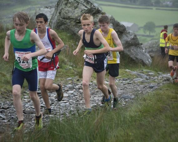 DSC4413 570x456 Turner Uphill Fell Race Photos 2015