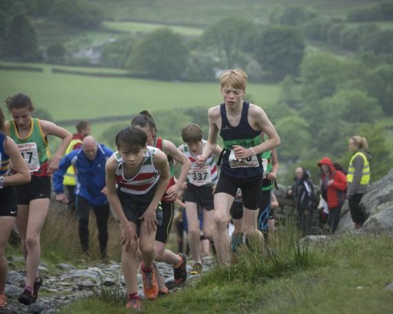 DSC4418 570x456 Turner Uphill Fell Race Photos 2015