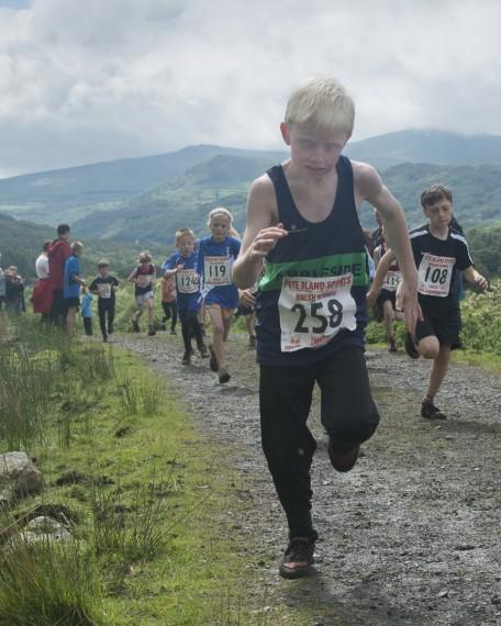 DSC4476 456x570 Turner Uphill Fell Race Photos 2015