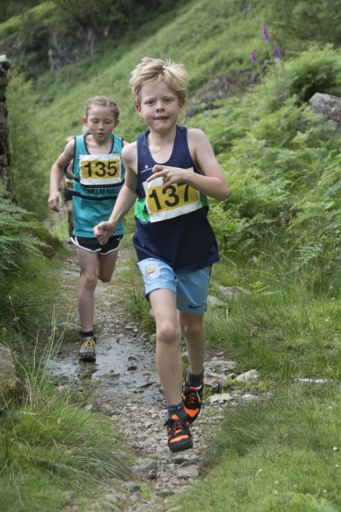 DSC4660 380x570 Langdale Gala Fell Race Photos 2015