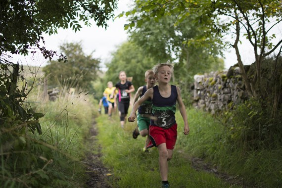 DSC5682 570x380 Orton Fell Race Photos 2015