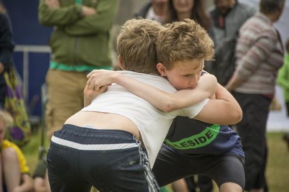 DSC2687 570x380 Clougha Pike English Championship Fell Race Photos 2016
