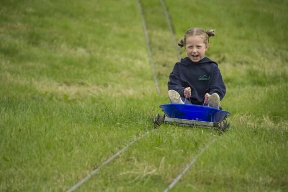 DSC2697 570x380 Clougha Pike English Championship Fell Race Photos 2016