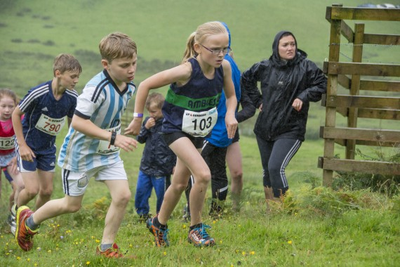 DSC3455 570x380 Ambleside Sports Photos 2016