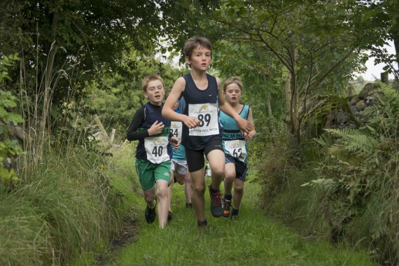 DSC4439 570x380 Orton Fell Race Photos 2016