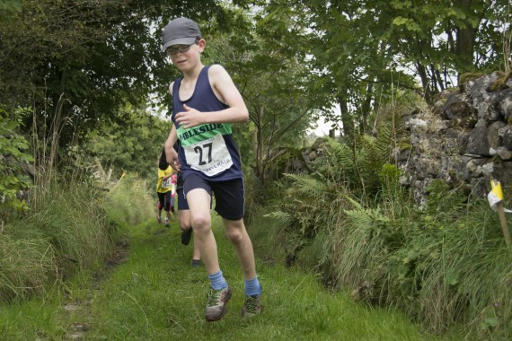 DSC4465 570x380 Orton Fell Race Photos 2016