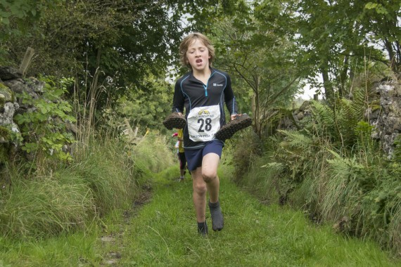 DSC4467 570x380 Orton Fell Race Photos 2016