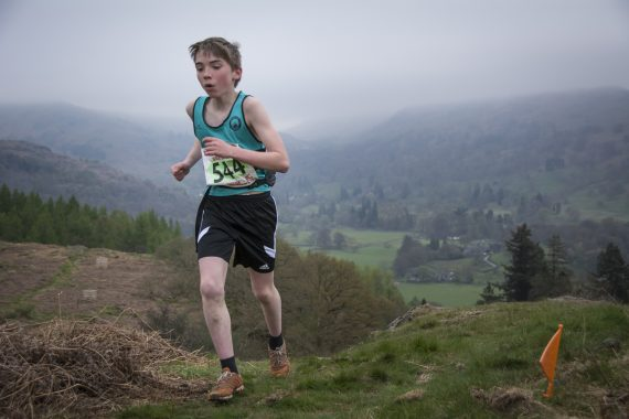 DSC8741 570x380 Todd Crag Fell Race Photos 2017