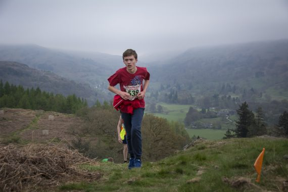DSC8751 570x380 Todd Crag Fell Race Photos 2017