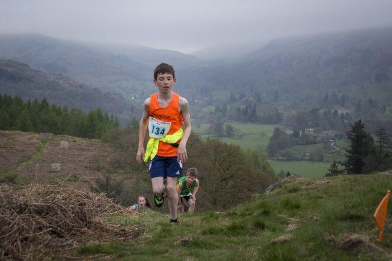 DSC8754 570x380 Todd Crag Fell Race Photos 2017