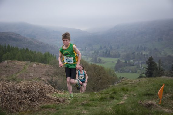 DSC8758 570x380 Todd Crag Fell Race Photos 2017