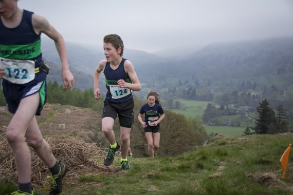 DSC8766 570x380 Todd Crag Fell Race Photos 2017