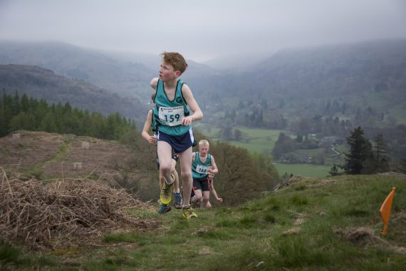DSC8772 570x380 Todd Crag Fell Race Photos 2017