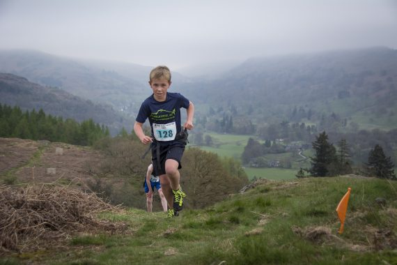 DSC8809 570x380 Todd Crag Fell Race Photos 2017