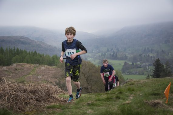 DSC8834 570x380 Todd Crag Fell Race Photos 2017