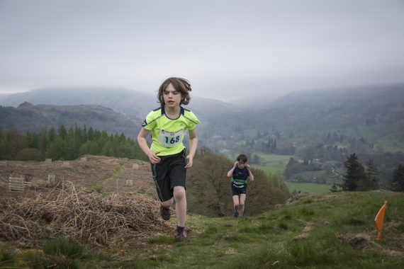 DSC8864 570x380 Todd Crag Fell Race Photos 2017