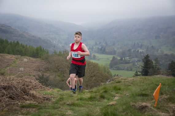 DSC8881 570x380 Todd Crag Fell Race Photos 2017